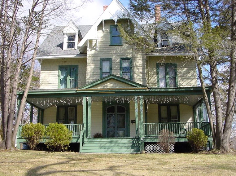 Foursquare House On Pinterest Victorian Craftsman Farmhouse And